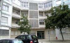 Dois apartamentos em São Domingos de Benfica - ampliação de telhado com 2 apartamentos